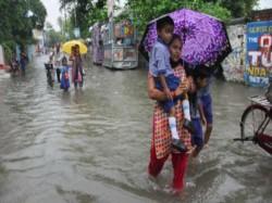 Terrential Rain Kolkata On 27th February Night