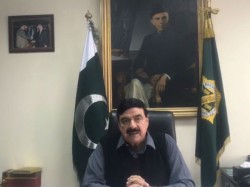 Pak Minister Sheikh Rashid Ahmad Threatens Silence Temple Bells In India