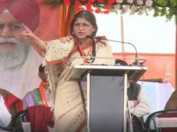 Bjp Leader Roopa Ganguly Criticises Mamata Banerjee From Party S Jalpaiguri Meeting