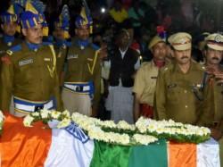No Way Our Soldiers Die Cries Sudip S Sister Jhumpa