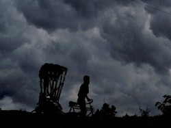 Alipur Weather Office Forecasts Heavy Rain Due Kalbaishakhi In West Bengal