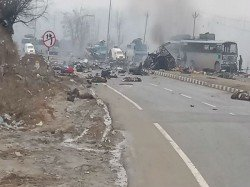 Jawans Killed Ied Attack On Crpf Convoy J K S Pulwama