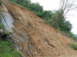 Three Children Are Died Due Landslide Road Bankura