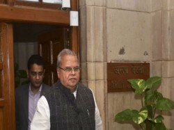 No Need Panic Says J K Governor As Centre Sends 10 000 Troops
