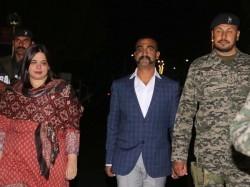 Wing Commander Abhinandan Bartaman Finally Returns Home From Pakistan