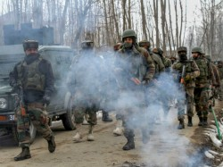 Four Crpf Personnel Police Officers Are Died Kupwara Counter
