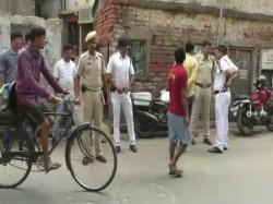 Miscreants Allegedly Attacked Several Prafulla Sen Colony Behala