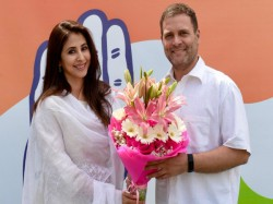 Lok Sabha Elections2019 Urmila Matondkar Joins Congress In Mumbai Rahul Gandhi Welcomes Her