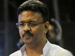 Firhad Hakim Met Bidhannagar Mayor Sabyasachi Dutta On Mukul Roy Issue
