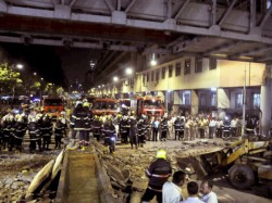 Mumbai Foot Bridge Collapse Bjp Leader Blames Pedestrians
