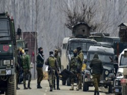 Terrorists Open Fire In Jammu And Kashmir S Pulwama 1 Woman Died