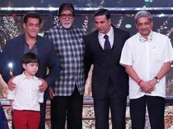 Amitabh Bachchan Lata Mangshkar Pays Tribute Manohar Parrikar