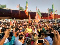 About 1500 Former Left Congress Suppoters Join Bjp Claimed Tripura Cm Biplab Deb