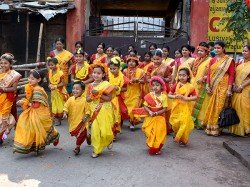 West Bengal Celebrates Dol Yatra With Colour