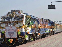 Rajdhani Express Turns 50 Passengers Treated With Rasgullas