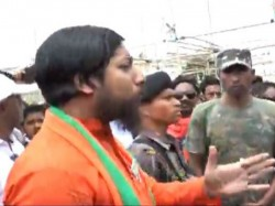 Coochbihar Bjp Candidate In A Controversy Allegedly By Threatning A Police Constable