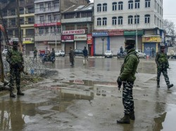Jem Terrorists Arrested Who Are Involved In Friday S Attack On A Police Post In Srinagar