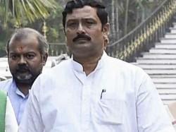 Modi Chor Hai Slogan In North Kolkata Bjp Candidate S Campaign