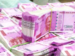 Rs 2 000 Notes Are Disappearing Bankers Suspect They Re Being Hoarded For Elections