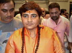 Ec Issues Notice To Sadhvi Pragya Singh Thakur For Her Comment Hemant Karkare