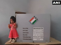 World Smallest Woman Casts Her Vote In Nagpur Of Maharastra