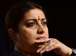 Kyunki Mantri Bhi Kabhi Graduate Thi Says Congress Mocks Smriti Irani
