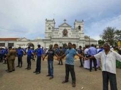 Fresh Explosion In Van Near Colombo Church