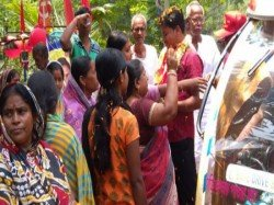 Cpm Candidate From Tamluk Attacked In Sutahata In East Midnapur