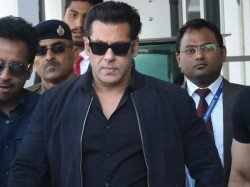 Salman Khan Slaps Security Personnel See Video
