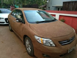 Car Owner In Ahmedabad Covered Her Car With Cow Dung