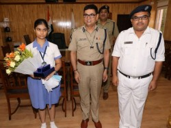 Kolkata Police Honoured Isc 4th Richa Singh Made Dc For One Hour