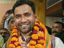 Bhojpuri Star And Azamgarh Bjp Candidate Nirahua Pitches For Akhilesh As Pm Says Would Support Him
