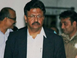 Firhad Hakim Calls Over Phone To Sovan Chatterjee To Return In Mainstream Of Politics