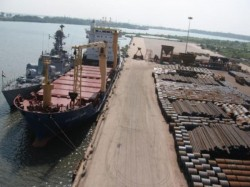 Marine Crew S Agitation Stoped Work At Haldia Port