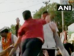 Cm Arvind Kejriwal Is Slapped By A Man During Road Show In Moti Nagar Of Delhi