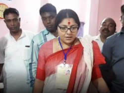Locket Chatterjee Threats Tmc Polling Agent In Hooghly Loksabha Seat