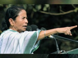 Mamata Banerjee Again Writes Poem In Protest Of Commission And Modi