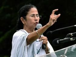 Loksabha Elections 2019 Mamata Attacks Modi And Ec In Mathurapur