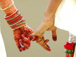 Before Wedding Girl Asks Muslim Youth To Convert To Hinduism And Go Vegetarian