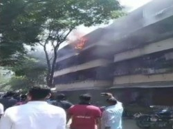 Teenage Girl Dies In Dadar Police Compound Fire In Dadar West Fire