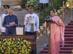 Nirmala Sitharaman Becomes India S Second Female Finance Minister After Indira Gandhi