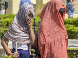 Heat Wave Condition Very Likely To Prevail For Next 2 Days In Several Districts Of West Bengal