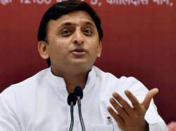 Akhilesh Yadav Clarifies His Stand On Mayawati For Pm S Post