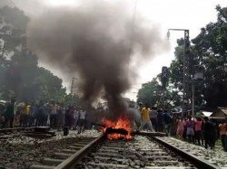 Strike Clash Death Unstable Barasat Hasnabad Section