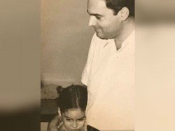 You Ll Always Be My Hero Rahul Priyanka Remember Father Rajiv Gandhi