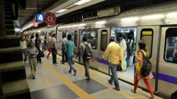 Metro Service Is Disrupted In Shyambazar Due To Attempt Of Suicide In The Morning