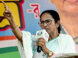 Eid 2019 In Kolkata Mamata Repeats Choor Choor Message In West Bengal