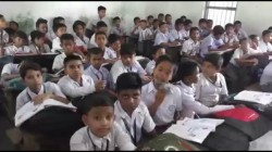 Students Are Being Sick In Schools Of North Dinajpur Due To Hot Weather