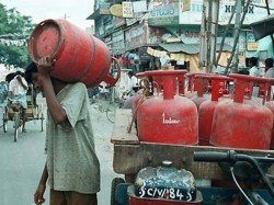 Price Of Subsidized And Non Subsidized Lpg Cylinders Increased