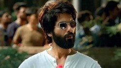 Kabir Singh Movie Review Shahid Kapoor Flies High